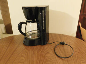 Black & Decker Coffee Machine- 12 Cups Kitchener / Waterloo Kitchener Area image 2
