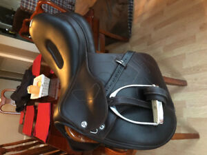 "17"" Prestige X Breath Saddle"
