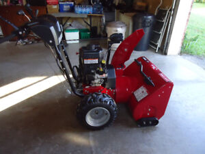 "Snowblower Craftsman 11.5 hp  27"" Cut"