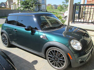 2009 MINI Mini Cooper S Coupe (2 door)