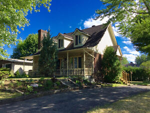 INCREDIBLE HOUSE FOR RENT IN CHATEAUGUAY