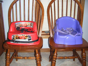 TABLE TOT BOOSTER SEATS