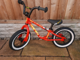 Mongoose balance bike