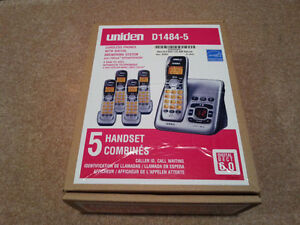 Cordless phones - 5 Handsets - with answering machine - Box Neve Belleville Belleville Area image 1