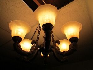 *Charming* 6-Light Chandelier - Aged Bronze – Frosted - Marbled