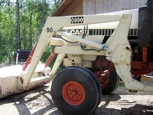 CASE 2290 TRACTOR WITH LOADER AND 3PTH