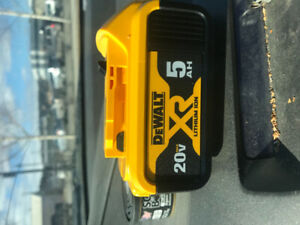 2 dewalt 5 amp lithium ion batteries