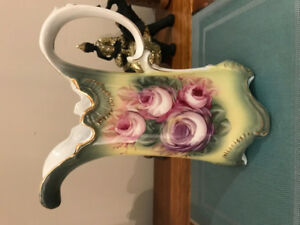 Victorian Vase - bavarian hand painted and a masterpiece