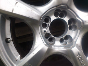 Set of 4 winter tires, mounted on rims North Shore Greater Vancouver Area image 7