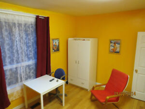 Bright Clean Furnished Room Wifi and Utilities. Female Pref