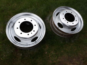 19.5 inch steel rims Ford Accuride, great shape