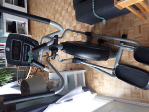 Élliptique à vendre 150$//Elliptical for sale 150$