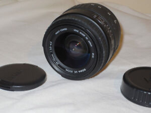 Sigma 28-70mm Auto Focus Lens for Minolta / Sony - Like New!