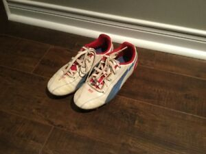 PUMA BOYS SOCCER SHOES