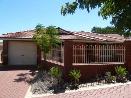 Lovely Front 3 Bed Villa with air-con! Westminster Stirling Area Preview