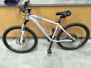 Novara Piedra Bicycle