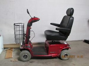 MOBILITY 4 WHEEL SCOOTER