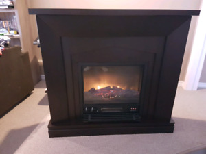 AS NEW!!! Electric fireplace