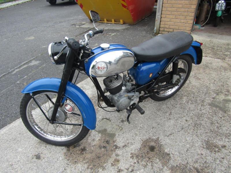 1961 BSA D7 BANTAM 175cc