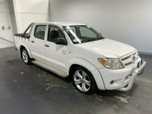 2005 Toyota Hilux GGN15R SR White 5 Speed Automatic Dual Cab Pick-up