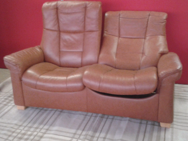Super Stressless Reclining 2 Seater Leather High Back Settee Lovely Cond In Norwich Norfolk Gumtree Uwap Interior Chair Design Uwaporg