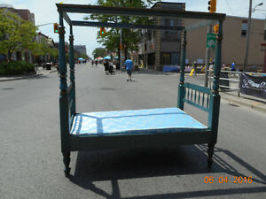 1950's CANOPY BED London Ontario image 1