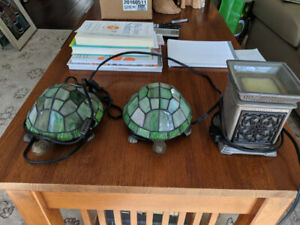 Assorted Stained Glass Bookshelf Lamps