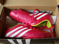 NEW ADIDAS SOCCER SHOES SIZE 2 FOR GIRLS AGES 6 - 9 HOT PINK
