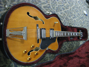 Hamer Archtop JZ5 Electric MIK with case