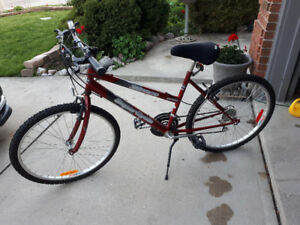 Supercycle SC1800 18 speed ladies' bicycle- hardly ridden-LOOK!