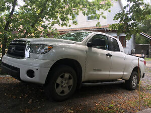 2012 Toyota Tundra Sr5 off road Camionnette