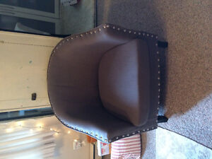 Moving Sale! !! Beautiful chair from Home Sense