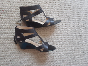 Leather shoes and leather sandals size 7