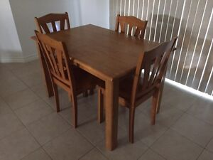 5 pieces dining set for sale  Windsor Region Ontario image 2