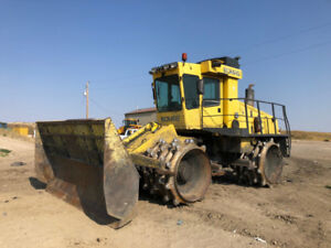 2004 Bomag BC572 Compactor