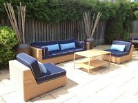 Living Extérieur/Outdoor Sofa, Chairs and Coffee Table