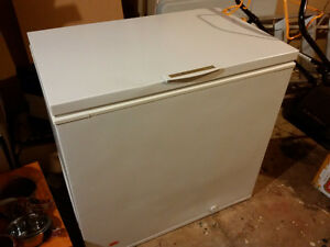 Reduced!!! Cube Freezer