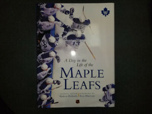 A Day in the Life of the Maple Leafs - Hardcover