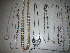 Nice Jewellery selection - Earrings, pins, necklaces! GOLD? NO!