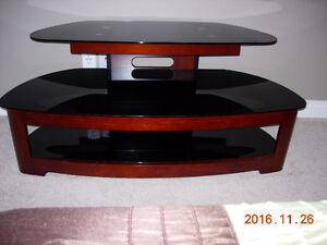 TV STAND/ CONSOLE TABLE Edmonton Edmonton Area image 1