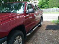 2005 Chevrolet Avalanche Pickup Truck