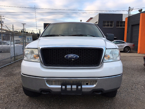 2007 Ford F-150 XLT Pickup Truck 4X4 Great Conditions