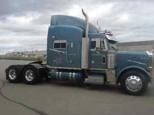 2005 Peterbilt 379 S/H for Sale