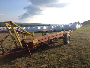 Flexi-Bale Self Loading Bale Wagon