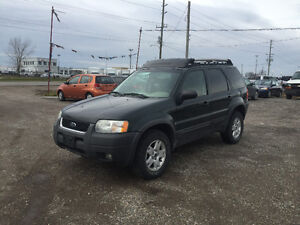 2004 FORD ESCAPE SLT SUV * AS-IS * NO RUST * DRIVES GREAT