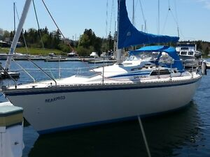 28.5 Hunter SailBoat for Sale -Located In St. Peters Cape Breton