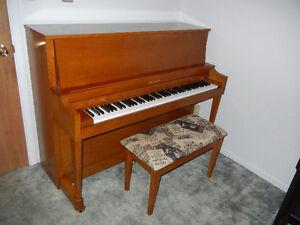Piano de studio Hamilton Baldwin