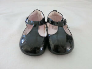 New Black Dress Shoes (Girl Size 3)