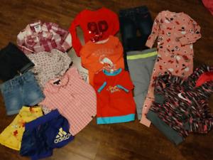 Lot vêtements fille 3 ans Nike, souris mini, tommy, mexx, adidas