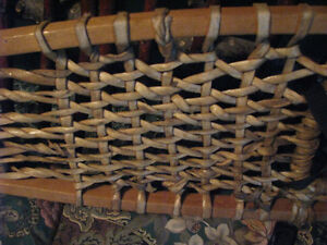 Voygeur snowshoes with bindings in perfect condition Williams Lake Cariboo Area image 4